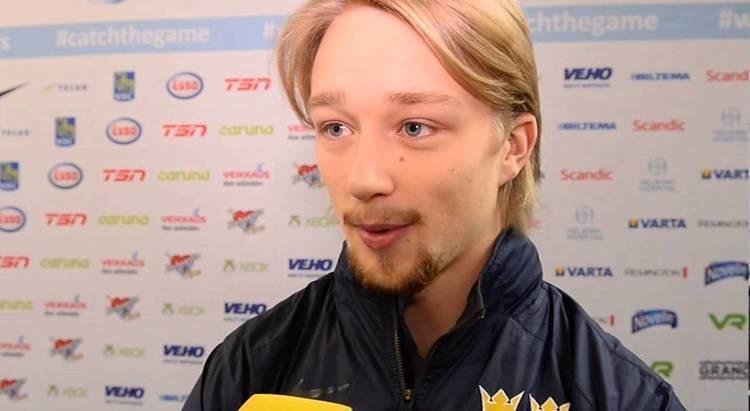Rasmus Asplund Rasmus Asplund efter segermatchen mot Kanada Jttebra knsla