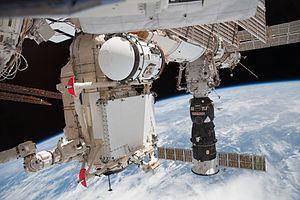 Rassvet (ISS module) httpsuploadwikimediaorgwikipediacommonsthu