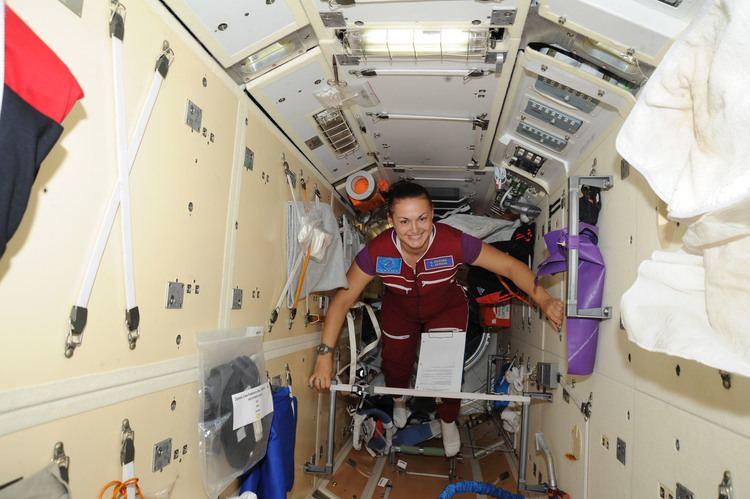 Rassvet (ISS module) FileISS41 Yelena Serova floats through the Rassvet modulejpg