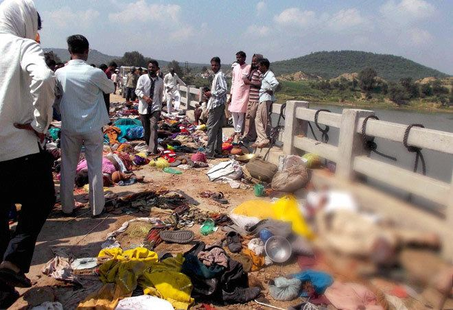 Ratangarh, Datia Ratangarh Temple stampede Death toll in Datia tragedy now at 111