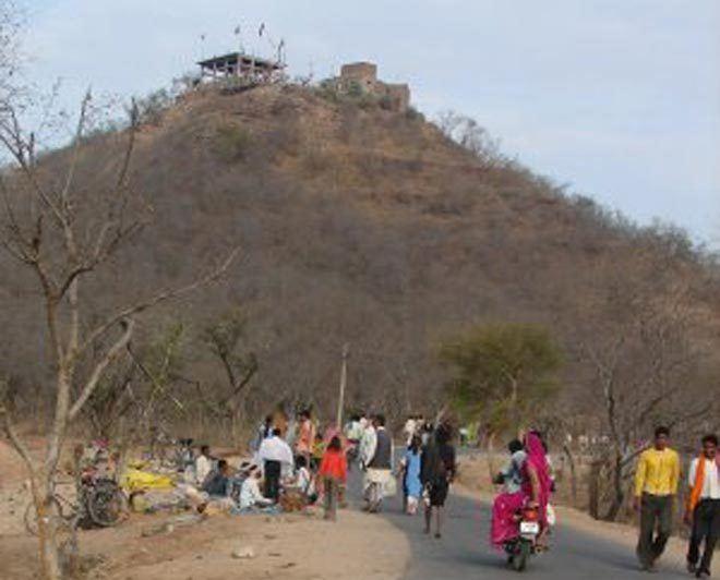 Ratangarh, Datia 89 killed over 100 injured in Madhya Pradesh temple stampede