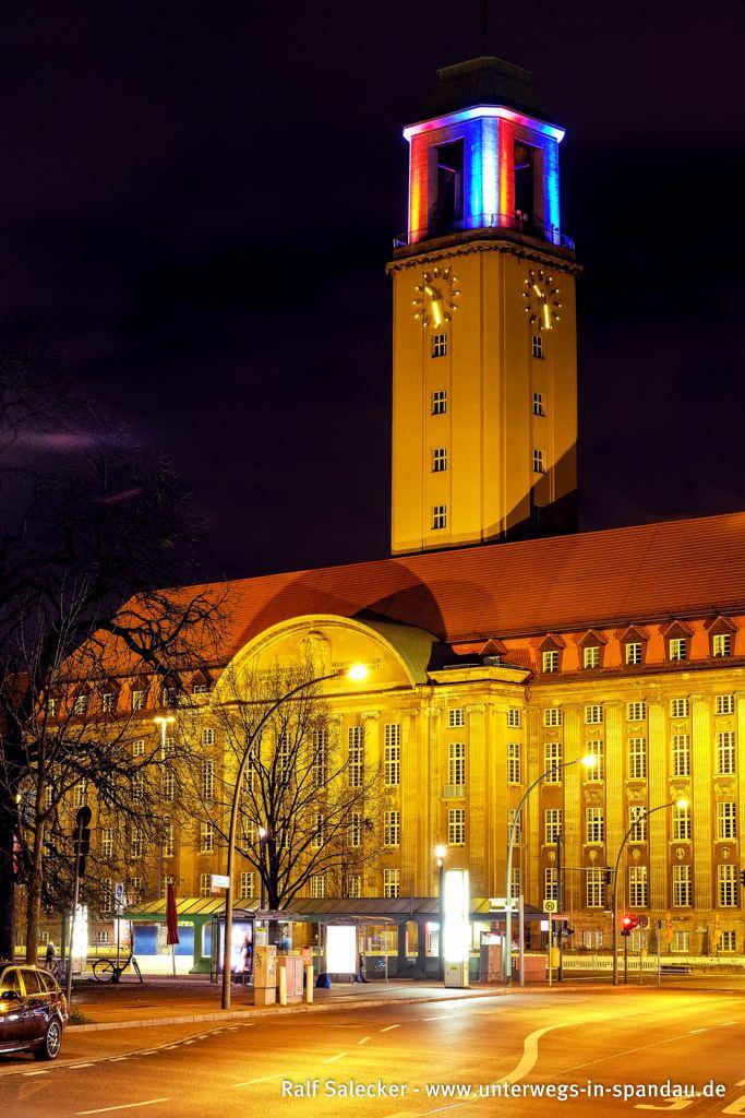 Rathaus Spandau Das Rathaus Spandau leuchtet nun dauerhaft Unterwegs in Spandau