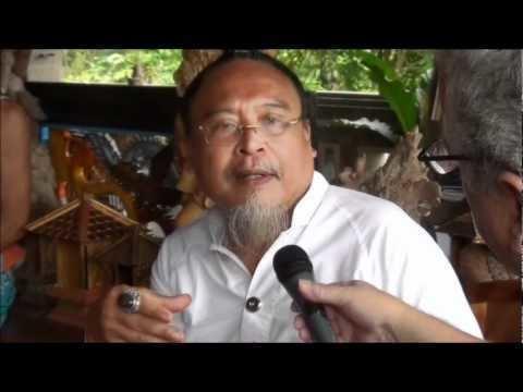 Ratu Bagus Ratu Bagus shaking to ectasy YouTube