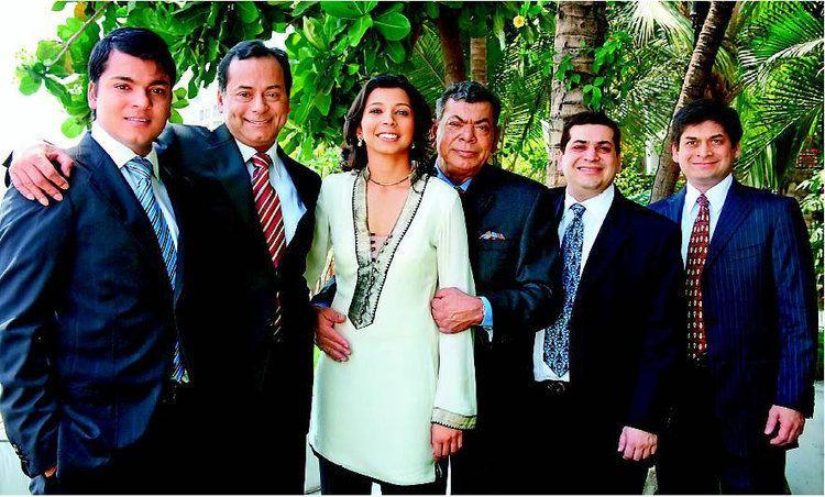 Ravi Ruia Ravi Ruia Family Celebrity Family