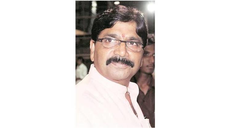 Ravindra Waikar Mumbai Congress sharpens attack on Waikar alleges he misused office