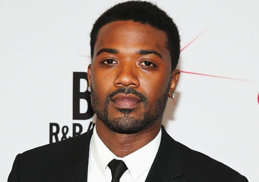 Ray J Ray J Takes Photos With Cops Sparks LAPD Investigation