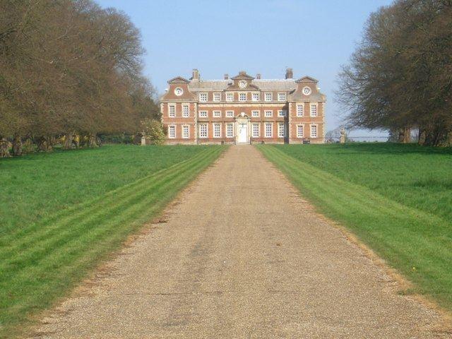 Raynham Hall httpsuploadwikimediaorgwikipediacommonsee