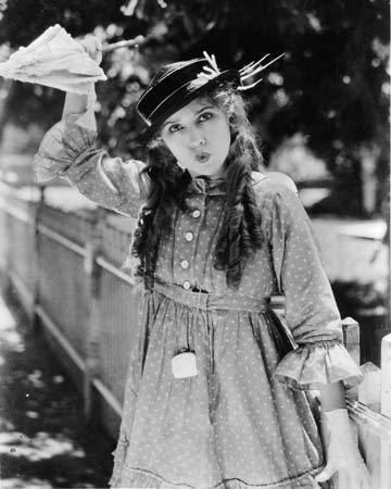 Rebecca of Sunnybrook Farm (1917 film) Fridays With Mary Pickford Rebecca of Sunnybrook Farm 1917