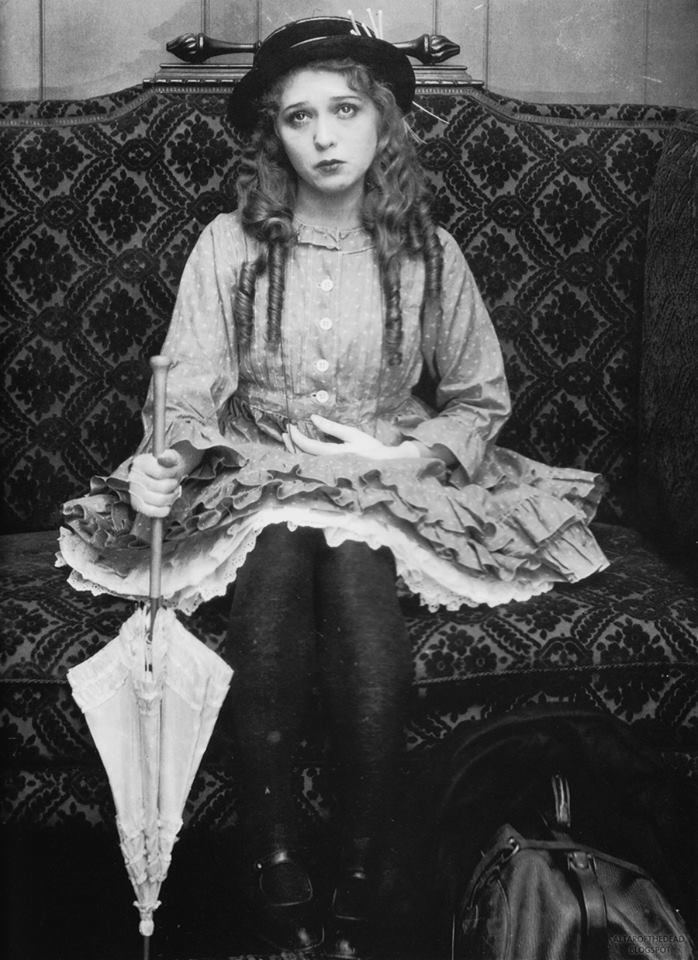 Rebecca of Sunnybrook Farm (1917 film) Rebecca of Sunnybrook Farm Review Movie Reviews Simbasible