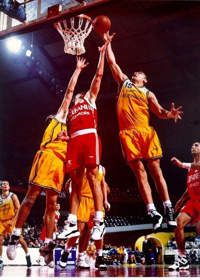 Rebound (basketball)