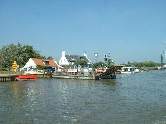 Reedham Ferry httpsuploadwikimediaorgwikipediacommons99