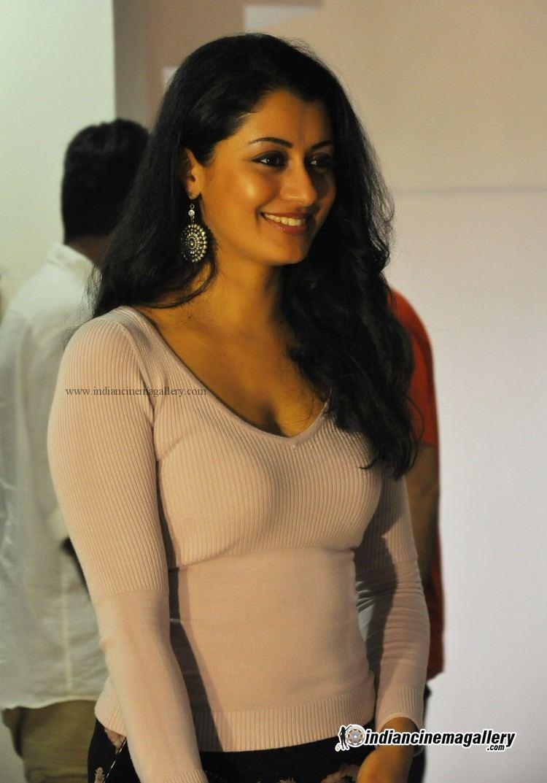 Reenu Mathews Reenu Mathews Actress Photos Stills Gallery