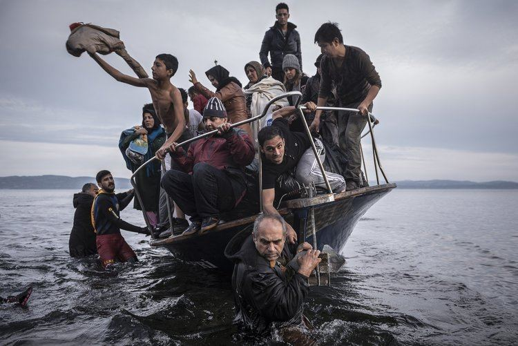 Refugee Photography Pulitzer for Coverage of Refugee Crisis The New York Times