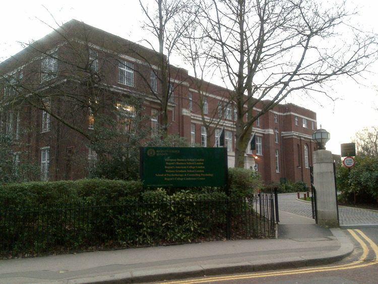 Regent's American College London