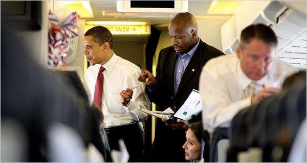 Reggie Love Plus Prs dObama Tu Meurs Obamazoom