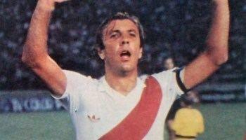 Reinaldo Merlo Efemrides Se cumplen 43 aos del debut de Mostaza Merlo en River