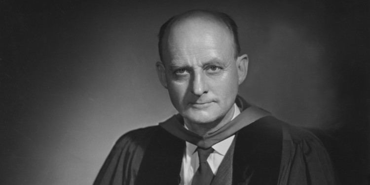 Reinhold Niebuhr Optimism Pessimism and Religious Faith Ronald Stone