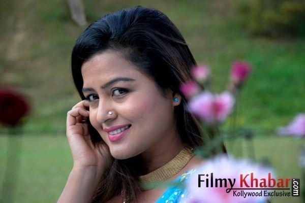 Rekha Thapa Rekha Thapa Lanka2nd gallery Picture FilmyKhabar
