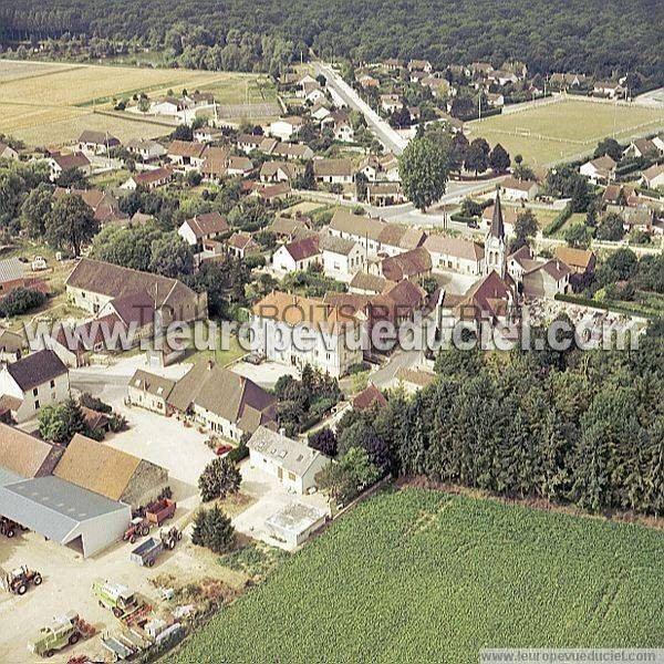 Remilly-sur-Tille wwwleuropevueducielcomphotosaeriennesapercus