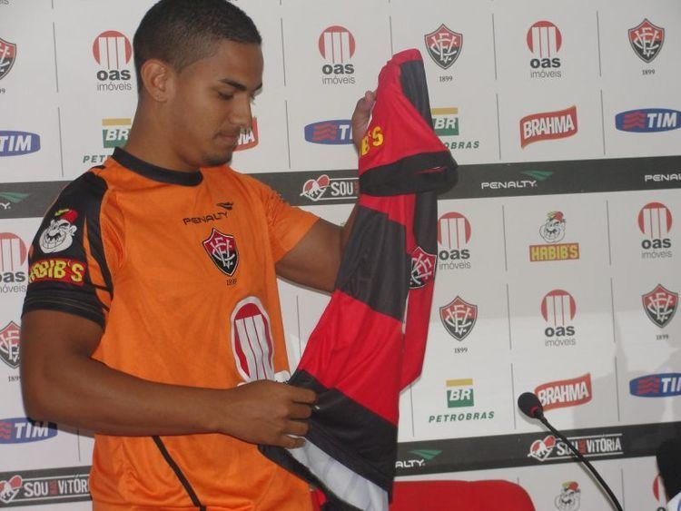 Renan Silva Boco News Esporte Esporte Vitria apresenta meia