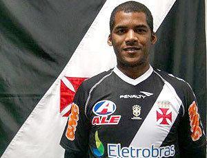 Renato Silva Vasco confirma acerto com o zagueiro Renato Silva que estava na