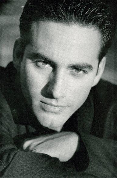 Rene Lavan Picture of Ren Lavan