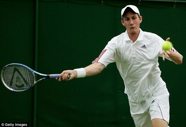 Richard Bloomfield Richard Bloomfield involved in Wimbledon game caught up in tennis