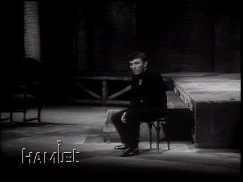 Richard Burton's Hamlet httpsiytimgcomvilsrOXAY1arghqdefaultjpg