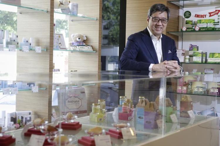 Richard Eu Eu Yan Sang boss steps down after 28 years Business News Top