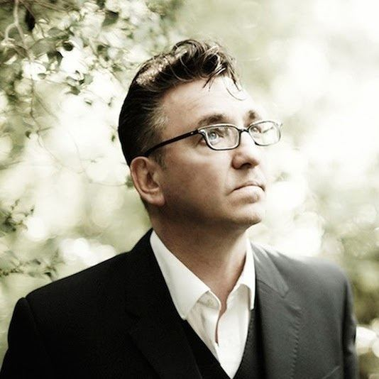 Richard Hawley httpslh5googleusercontentcomfLgneyXHxkAAA