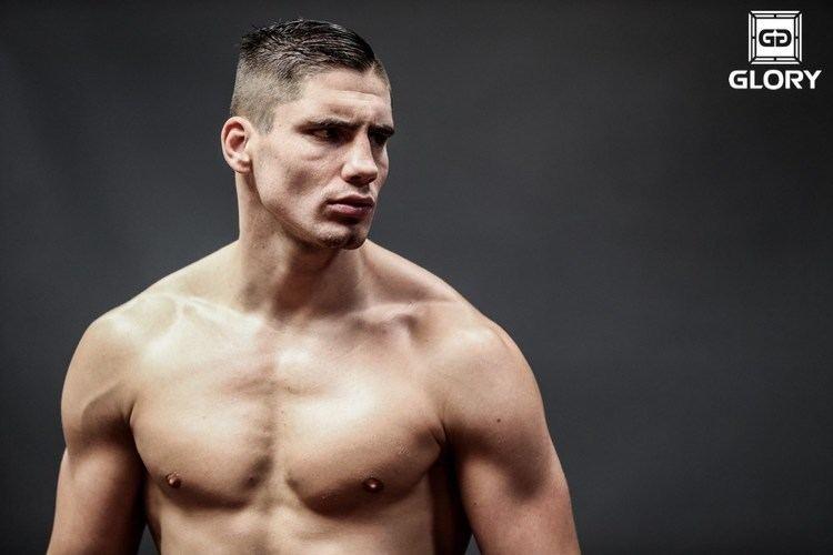 Rico Verhoeven GLORYs Rico Verhoeven earns TKO win in MMA debut FIGHT SPORTS