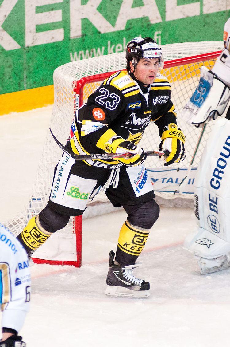 Riley Armstrong (ice hockey)