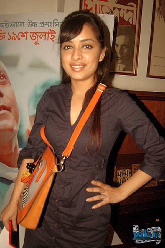 Rimjhim Mitra Hoi Choi Tollywood Bangla Movie premieres in Kolkata