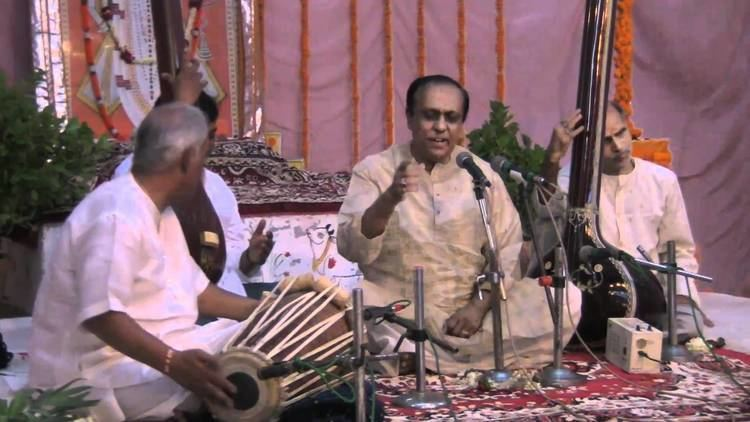 Ritwik Sanyal Pandit Ritwik Sanyal sings in Varanasi on October 2 2010