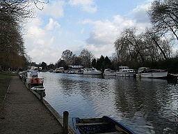 River Yare httpsuploadwikimediaorgwikipediacommonsthu