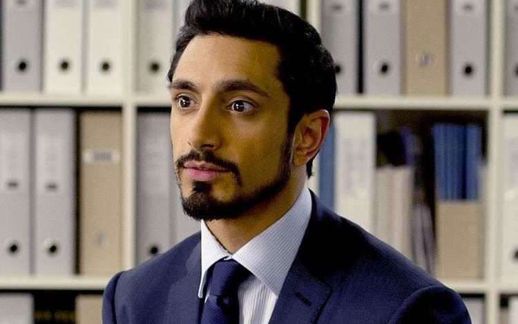 Riz Ahmed British actor Riz Ahmed racially abused by fellow England