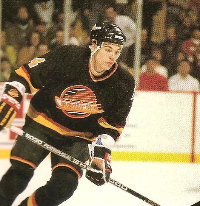 Rob Murphy (ice hockey) Rob Murphy was drafted by the Vancouver Canucks He played in 125