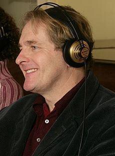 Robert Bathurst httpsuploadwikimediaorgwikipediacommonsthu