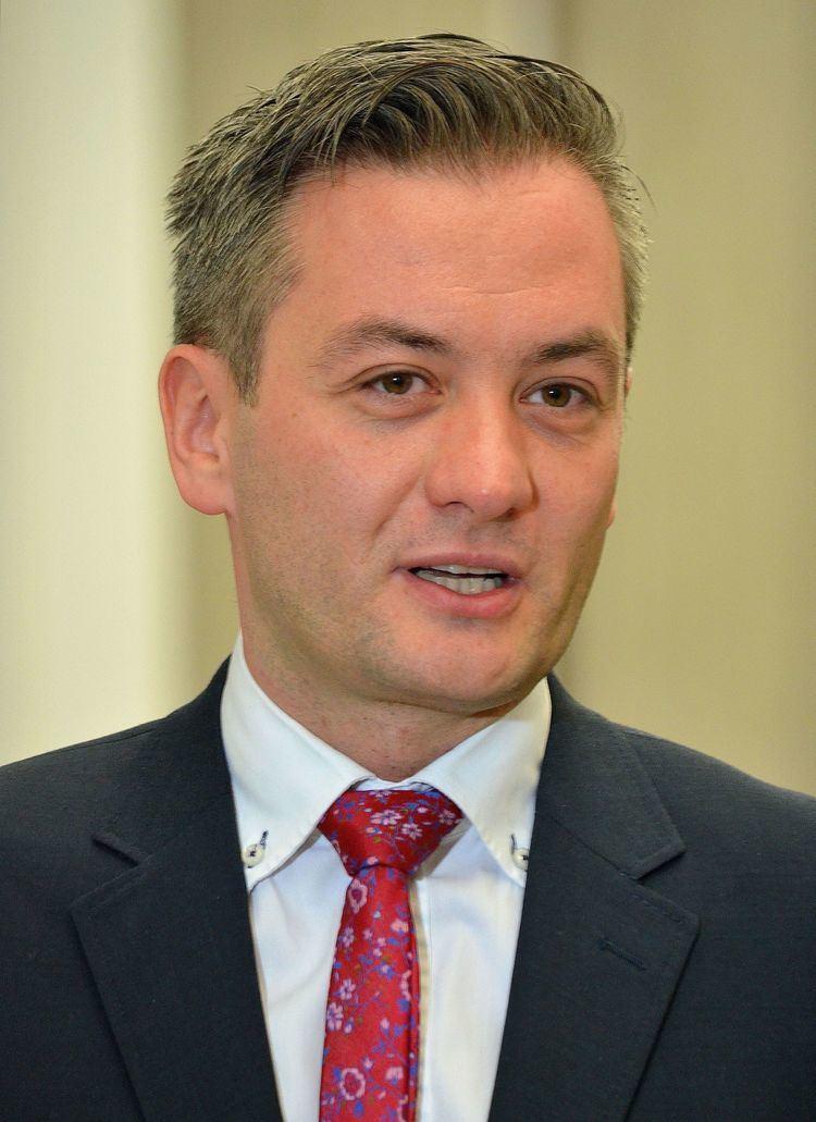 Robert Biedroń httpsuploadwikimediaorgwikipediacommonsff