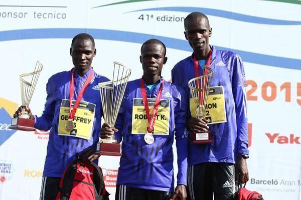 Robert Chemosin Chemosin clocks worldleading 5937 to win RomeOstia Half Marathon