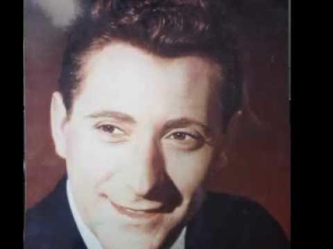 Robert Earl (singer) Robert Earl Believe in me YouTube