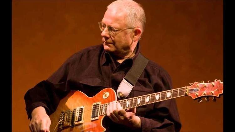 Robert Fripp Robert Fripp amp The League of Crafty Guitarists YouTube