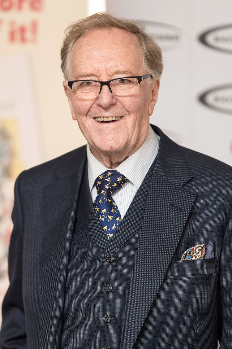 Robert Hardy Harry Potter Actor Robert Hardy Dead at 91