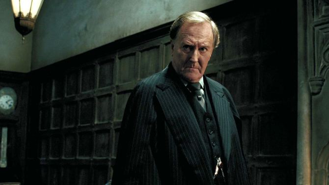 Robert Hardy Robert Hardy Dead Harry Potter Actor Dies at 91 Variety
