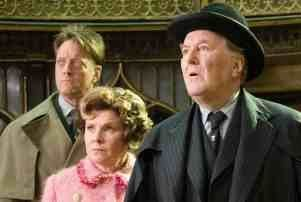 Robert Hardy Robert Hardy Dies Harry Potter All Creatures Great And Small Actor