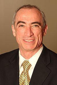 Robert McGrath httpsuploadwikimediaorgwikipediacommonsthu