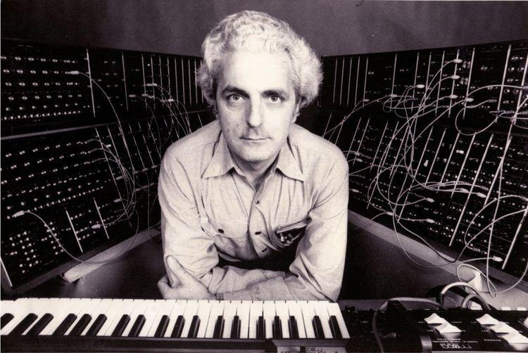 Robert Moog Robert Moog Encyclotroniccom