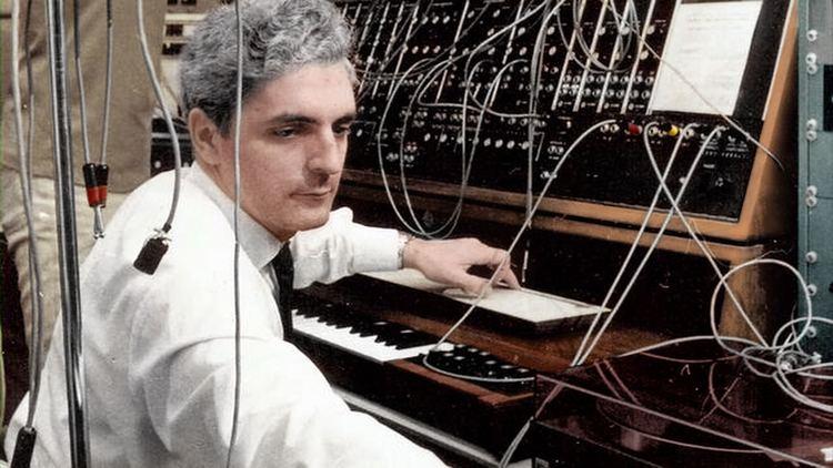 Robert Moog Electronic Music