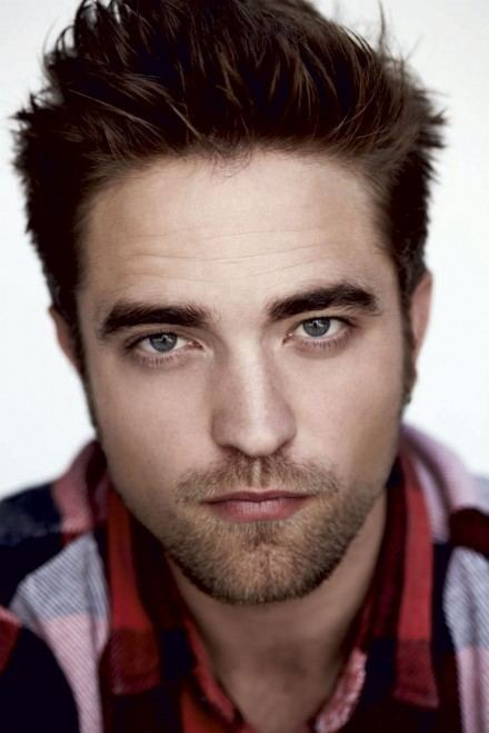 Robert Pattinson Robert Pattinson Talks About His Break Up With Kristen