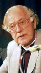 Robert Runcie httpsuploadwikimediaorgwikipediacommonsdd